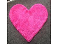 Pink heart rug