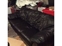Gorgeous comfy large leather suite
