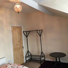 Double room for rent in clean, spacious house. Rent includes all bills and most furniture