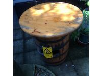 FULLY RESTORED OAK WHISKEY BARREL WITH SOLID WOODEN TOP