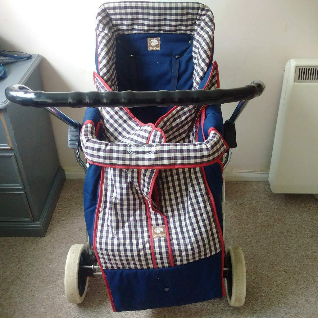 Vintage Silver Cross luxury baby pram with full accessories