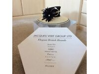 Jacques vert hat and box