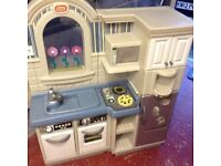 Little Tykes Play Kitchen/Barbecue