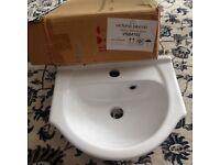 Victoria Plumb Wash basin BNIB