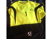 Goal keepers kit 9-10yrs