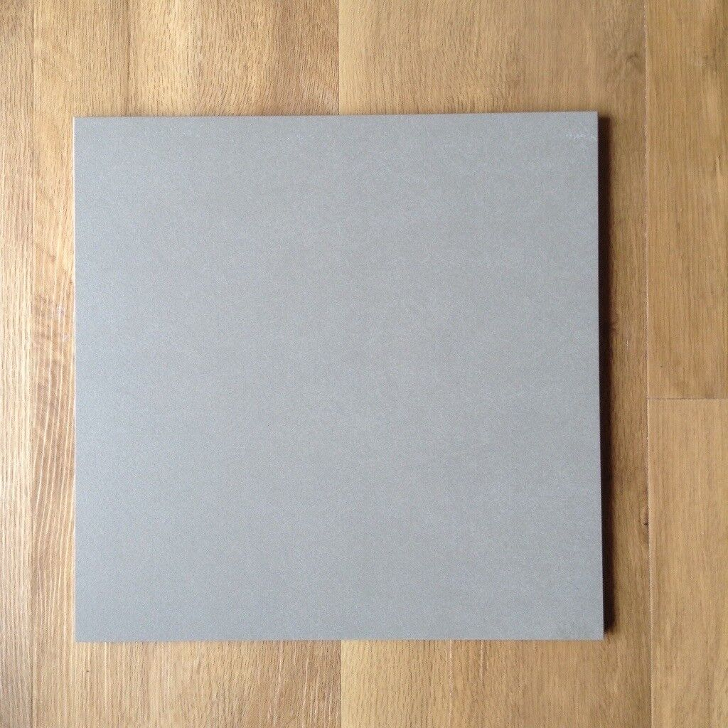 Bargain - Porcelain 'Metalli' Light Grey 30 X 30 floor tiles