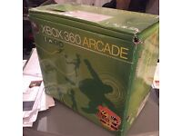 Used (rarely) XBOX 360 ARCADE, 2 controllers - very good condition (see pictures)