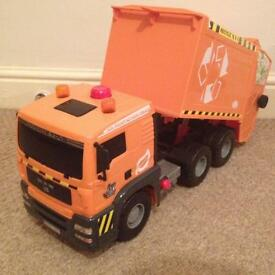 Big recycle truck 45 cm long