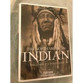 Native American Indians - the complete portfolios f Edward S. Curtis.