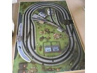 6' x 4' Board with Horby track layout and level crossing