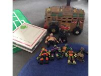 Teenage mutant ninja turtles play set van & figures