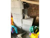 Thermalite trench block x9 and 5 bags of cement