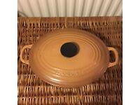 Vintage Round Le Creuset Casserole / Dutch oven - Size D/27cms - Terroir/Beige