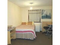 Fully Furnished Massive Double Room in zone 3 - £105 Per week MUST SEE