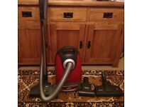 Miele Cat & Dog Cylinder Vacuum Cleaner
