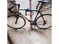 Road Bike Trek 1.1 Men's