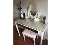 Cream make up desk