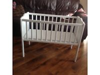 White Baby Crib Including Airflow Mattress hardlyy used & In Very Good Condition by Babies R Us