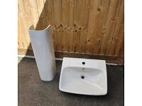 Bathroom/En-Suite/Toilet Sink
