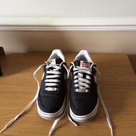 Nike Air Force 1 (size UK 5.5)