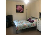 Extra Large Double Bedroom £400pcm