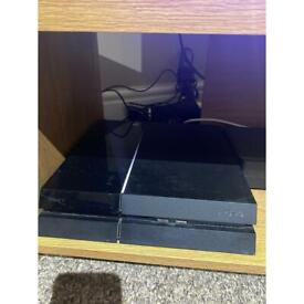 PS4, Playstation 4 with FIFA21 & 2Controllers.