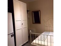 Immaculate studio in Hendon
