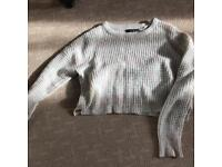 Size 6 longsleeve cropped jumper great condition