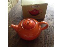 Le CREUSET teapot
