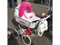 Baby fashion Romany pram