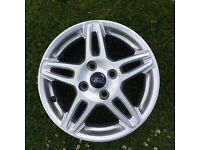 4x Ford Fiesta 2013 zetec 15inch alloy wheels (mint condition)