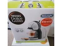 Dolce gusto white coffee machine