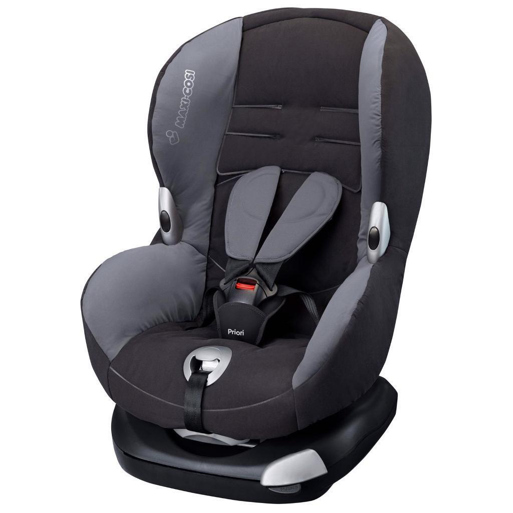 BARGAIN! MAXI COSI PRIORI CAR SEAT - suitable from 9 months to 4 years approx
