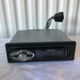 Pioneer DEH-140UB Car Stereo MP3/WMA CD/Radio/USB