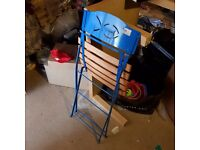 A set of 4 Garden Metal / Wood chairs and a table