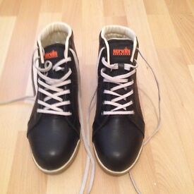 Women safety boots