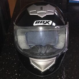 Box helmet size medium