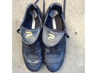 Football boots size 6.5 hardly worn. In mint condition.