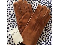 Reiss Leather Shearling gloves, brand new with tags, size M/L cost £95