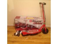 Razor Electric Scooter in excellent condition for age 8+