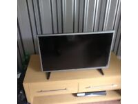 32 inch lg led tv used once open to offers