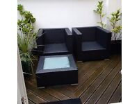 quality Cosy Bay rattan patio or garden furniture set in excellent condition but no sushions