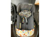 Cosatto baby seat and iso fix base