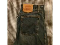 Levis jeans size M (size 10/12) mom-fit