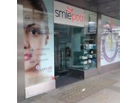Smilepod of London are recruiting Dentists