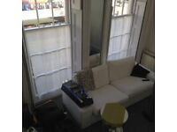 Large, Bright, Very Central Studio/1 Bedroom Flat.