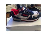 Ellesse trainers brand new in the box size 8
