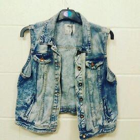 Denim waist coat