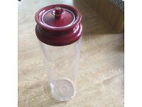 Tupperware Spaghetti Jar - Red lid 1.6l.