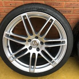 Selling rs4 22 alloy wheels as a pair